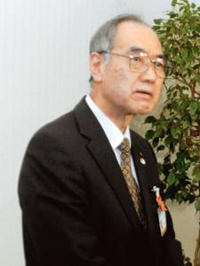 定例会の後、取材に応じる沢村憲次教育長=大津市役所で
