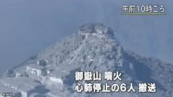 御嶽山噴火 心肺停止の6人ヘリで搬送_NHK9月29日12時16分