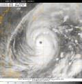 スーパー台風第19号(ヴォンフォン)衛星写真(10日05時JST)