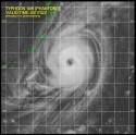台風18号衛星写真_日本時間10月4日02時32分の台風18号衛星画像
